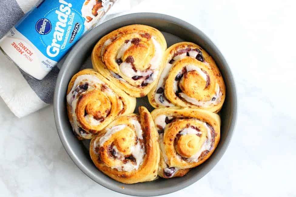 Lemon Blueberry Cheesecake Cinnamon Rolls | The Bitter Side of Sweet #ad #PillsburySpringBaking #lemon #blueberry #breakfast