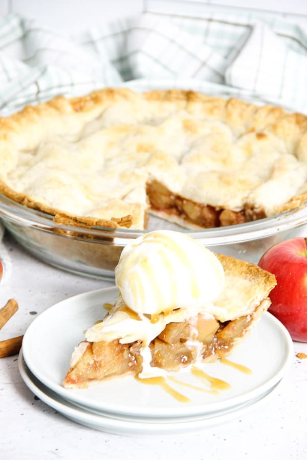 Simple Apple Pie on white plates